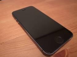 apple-iphone-5s-space-grey_5.jpg