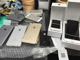要らないiPhone買い取ります!!