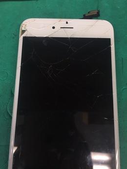 西東京市より来店 iPhone6Plus 画面割れ