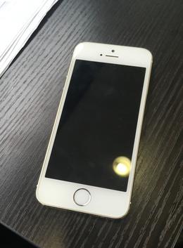 東久留米市よりご来店iPhone5sフロント交換