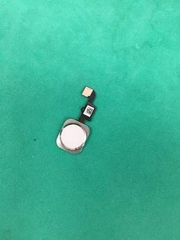 iPhone ホームボタンの交換修理