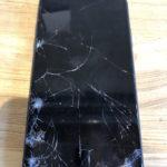 iPhone7 カメラガラス交換 金沢区 尖ったバックに運悪くカメラのガラスが当たってしまった