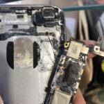 iPhoneの水没修理なら自由が丘店♪