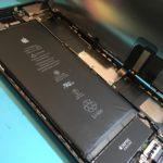 iPhoneのバッテリー修理が増えています!!