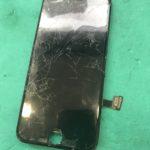 iPhone7の画面交換修理ですよ。画面が映らなくてもなおせます。