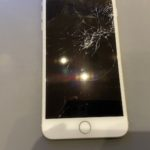 iPhone8Plusの画面割れ修理!