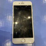 電源が入らなくなったiPhone7の修理!