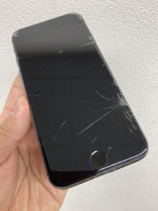 iPhone(アイフォン) 修理 新宿