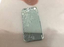 事故で壊れたiPhoneも直せます